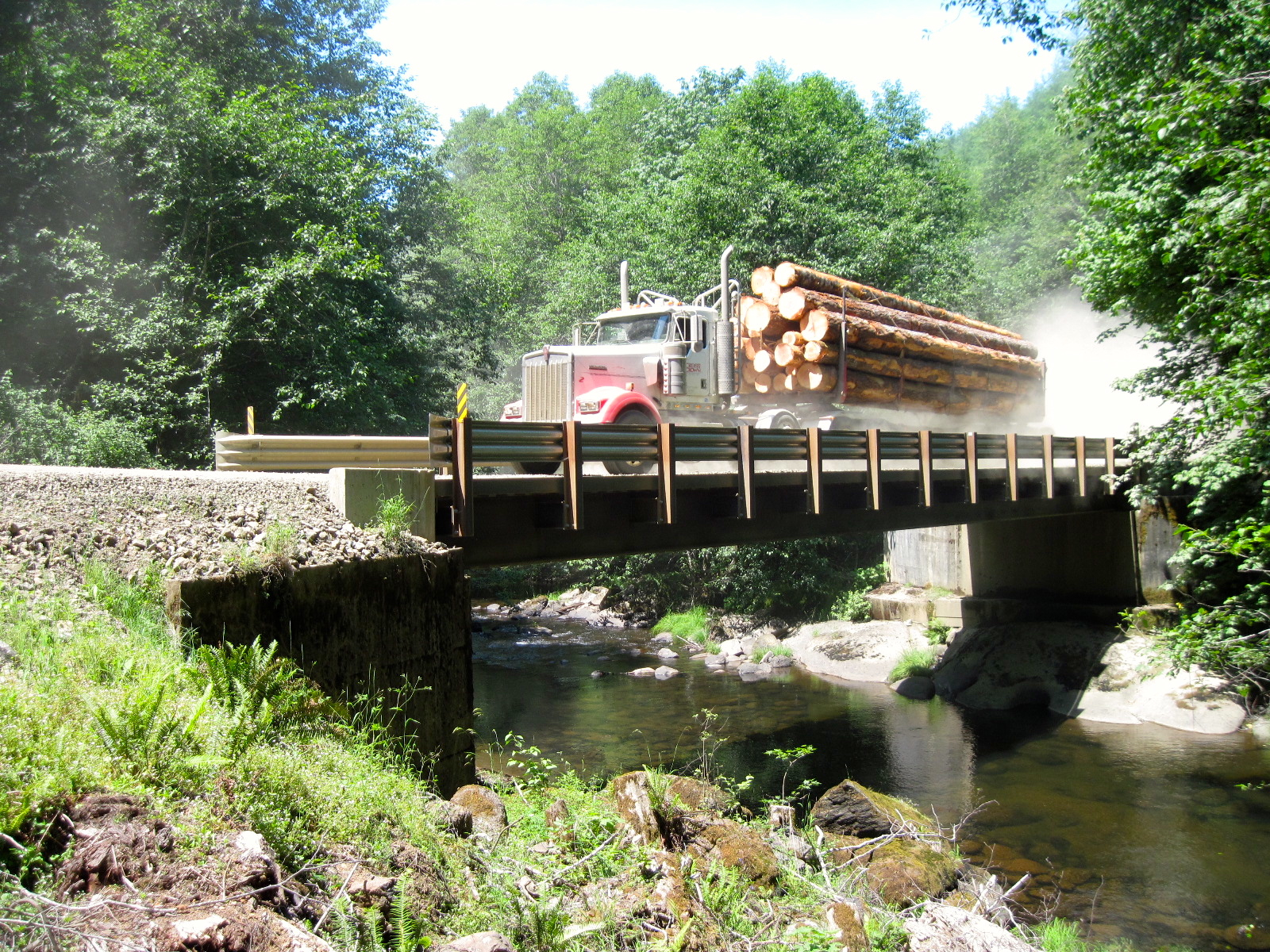 Big R Bridge® Steel Rolled Girders