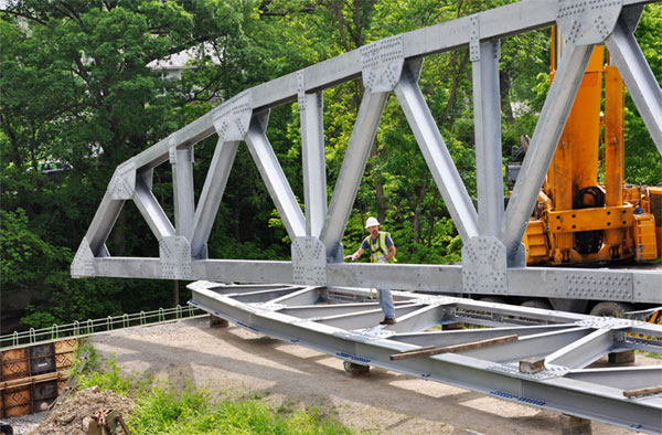Specifying A Vehicular Prefabricated Steel Truss Bridge